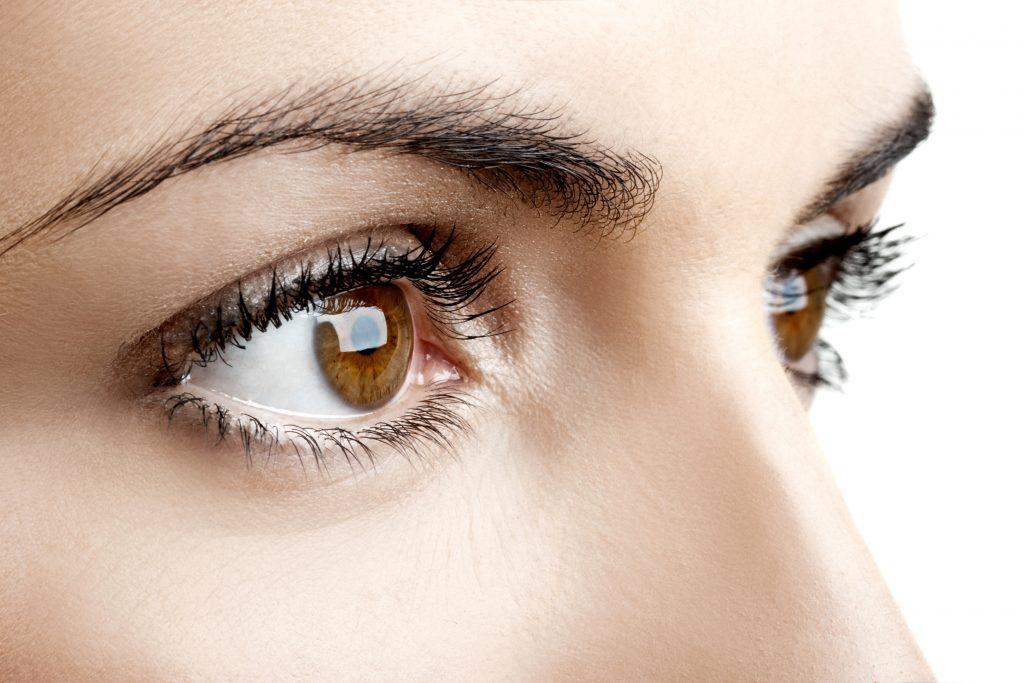 Pielęgnacja okolic oczu 1024x683 Okolica oczu tzw. kurze łapki   wypełnienie kwasem hialuronowym